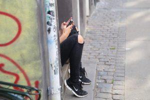 telephone ado